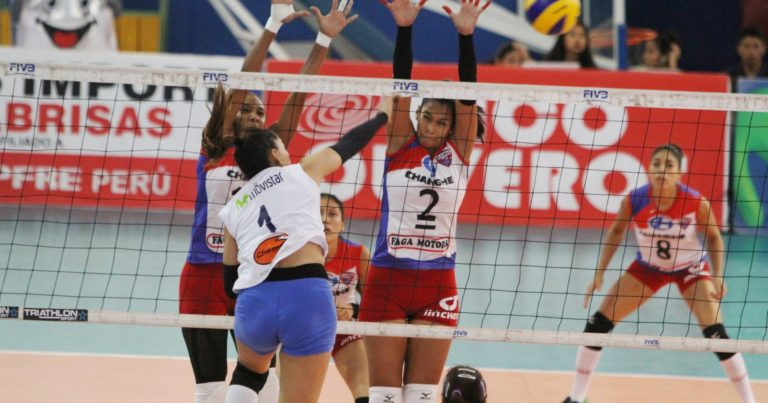 El club Regatas Lima avanzó a semifinales con destacada actuación de Angélica Aquino.