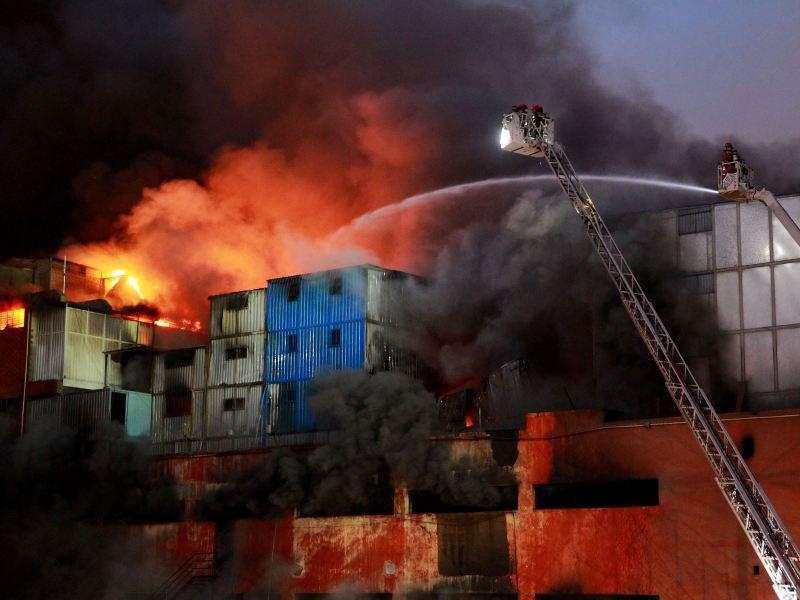 Gran incendio en Las Malvinas