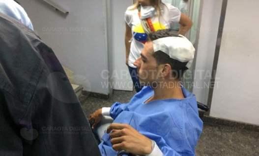 Brutal ataque de colectivos chavistas a un periodista