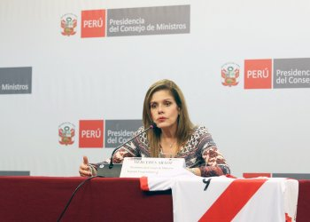 La premier Mercedes Aráoz afirmó que tocará temas de crecimiento económico cuando pida el voto de confianza.