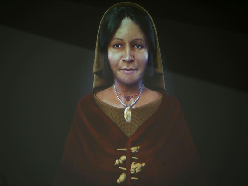 La Dama de los 4 Tupos encontrada en el Complejo Arqueológico de Aspero