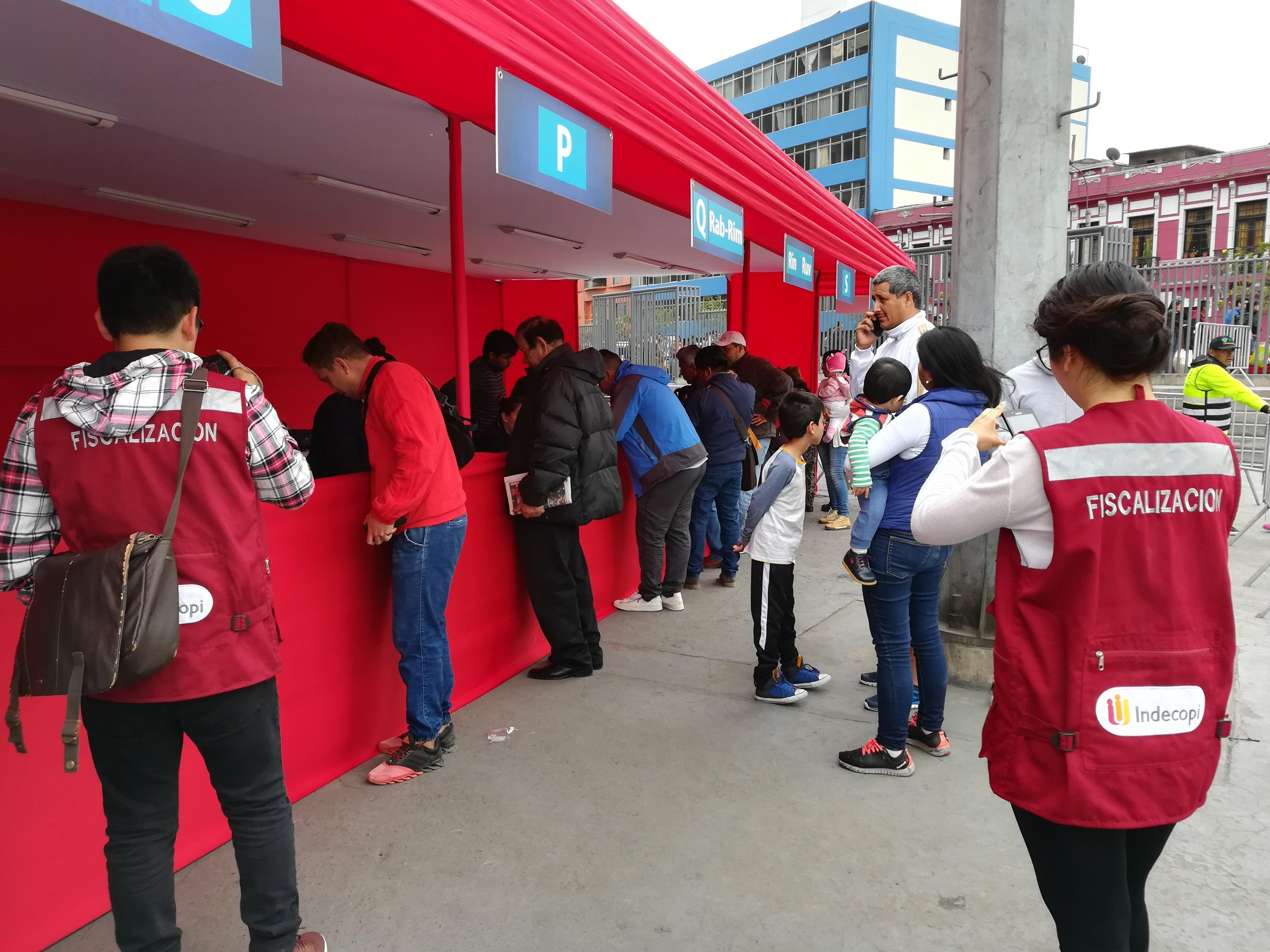 El Indecopi fiscaliza proceso de entrega de entradas a las personas que ganaron sorteo para asistir al partido Perú – Nueva Zelanda