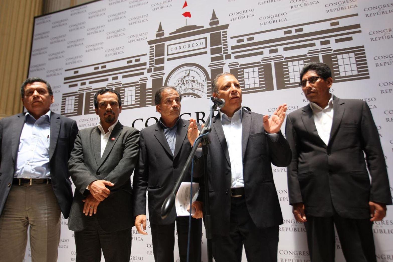 Frente Amplio confirmó que presentará una moción de vacancia presidencial