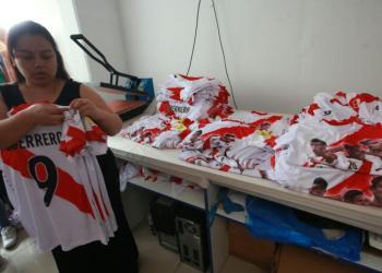 Las exportaciones de camisetas deportivas aumentarían gracias a la clasificación al mundial.