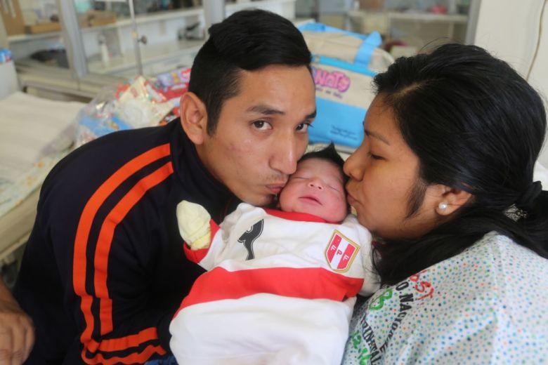 Ismael y José: los primeros bebés del Año Nuevo 2018   VIDEO
