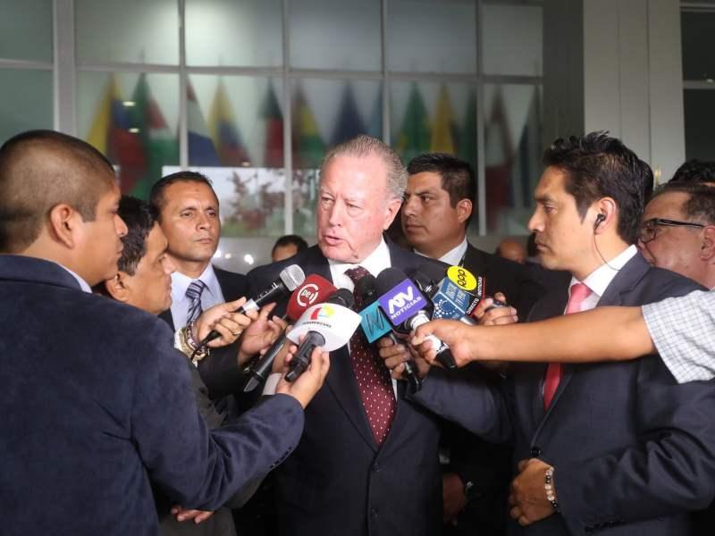 """MINISTRO DE DEFENSA JORGE KISIC: """"RECUPERAREMOS LA CAPACIDAD DISUASIVA DE LAS FUERZAS ARMADAS"""""""