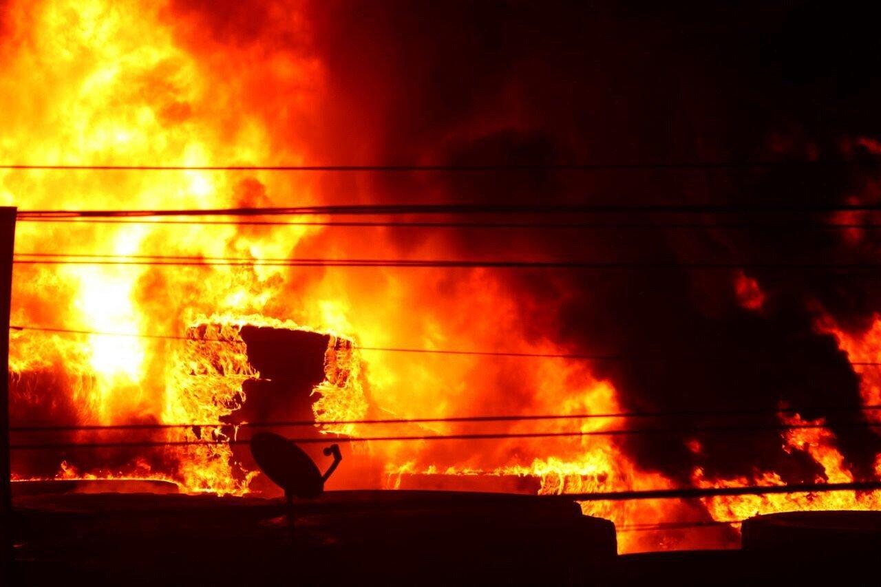 Contaminación de humo por incendio en Comas generó alerta roja