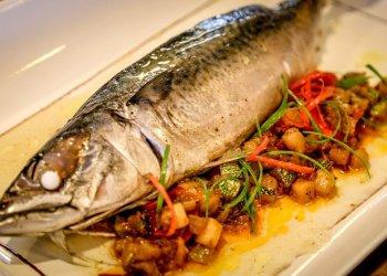 Consumir pescado reduce riesgo de cáncer