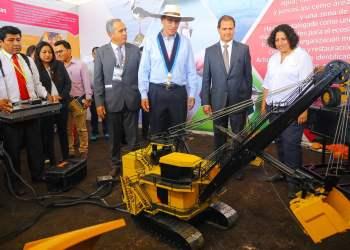 El presidente Vizcarra respalda la inversión de proyectos mineros con respeto al medio ambiente y con cuidado de recursos naturales.