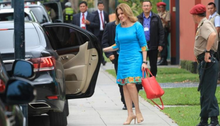 Mercedes Aráoz espera que mejore la relación entre el Ejecutivo y la bancada oficialista.