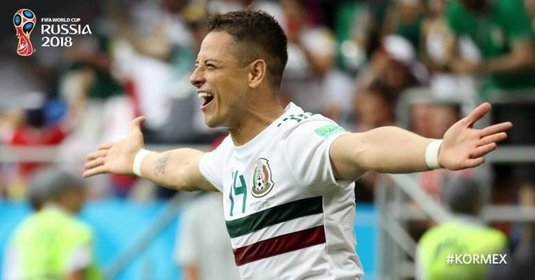 Chicharito celebra gol ante Corea del Sur