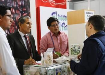 Empresarios peruanos podrán exportar e importar muestras.
