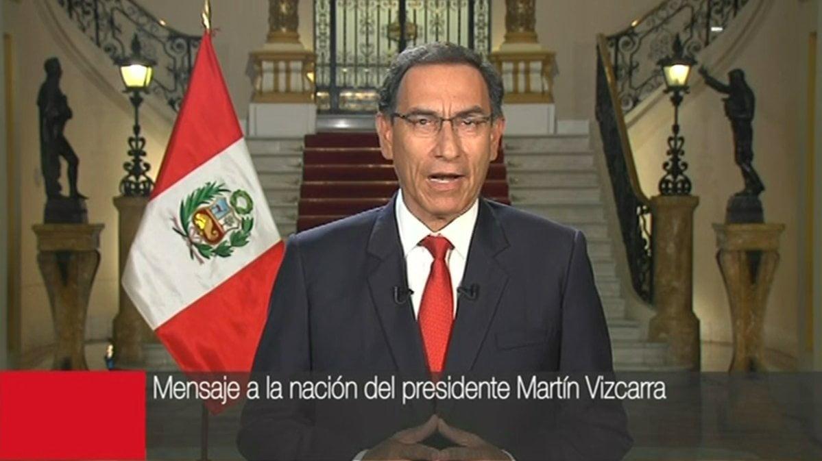 Presidente Vizcarra acepta renuncia del ministro Tuesta y destaca crecimiento de la economía