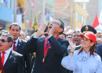 """Presidente Martin Vizcarra: """"No me van a doblegar"""""""