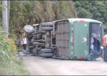 Bus cae en Machu Picchu