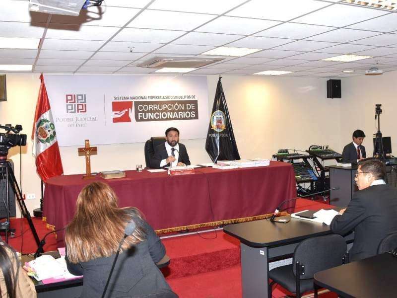 Juez evalúa levantar inmunidad de exministro Mariano González