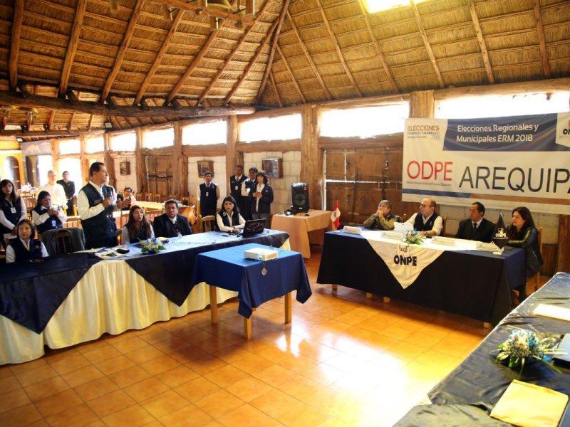 Jefe de la ONPE en Arequipa II