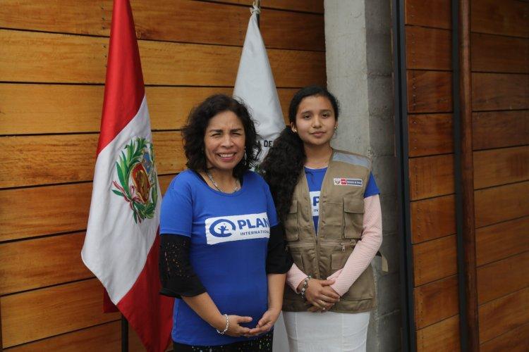 Ministra de Cultura entregó simbólicamente su cargo a niña piurana por un día