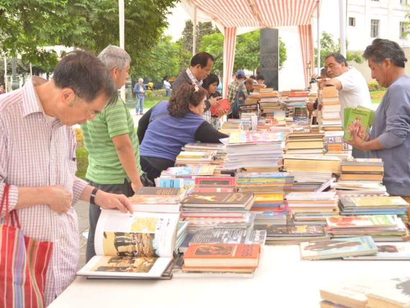 La Feria del Libro Viejo se realizará en la Plaza de la Democracia
