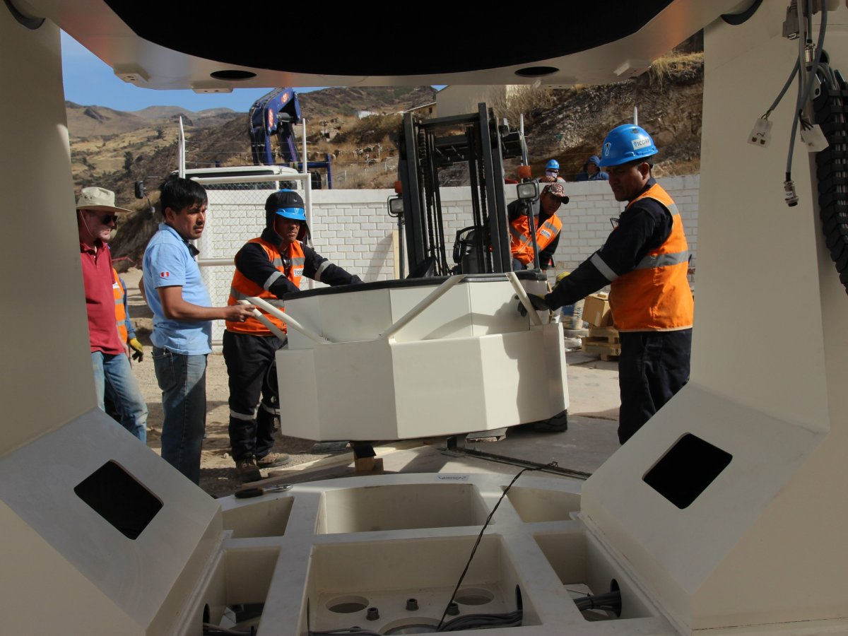 El telescopio más grande y moderno del Perú es instalado en Moquegua