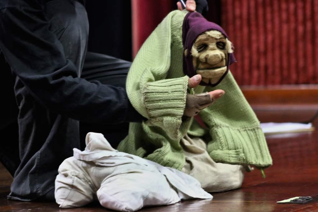 """""""De Trapos y Cartón"""": una función de teatro con ingreso libre"""