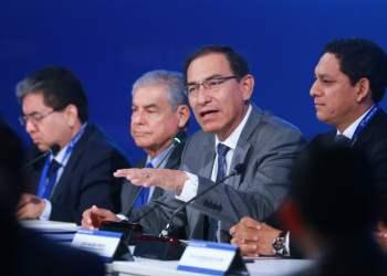 Martín Vizcarra pide que fiscales del caso Lava Jato sigan en sus cargos