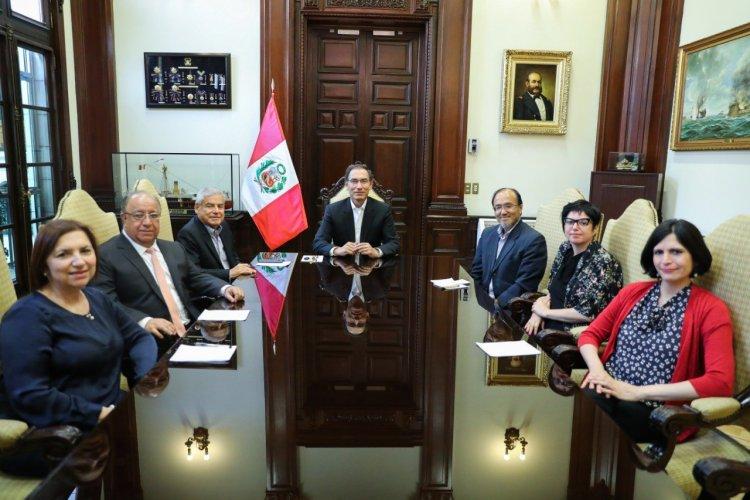 Gobierno oficializó creación de Comisión de Reforma Política