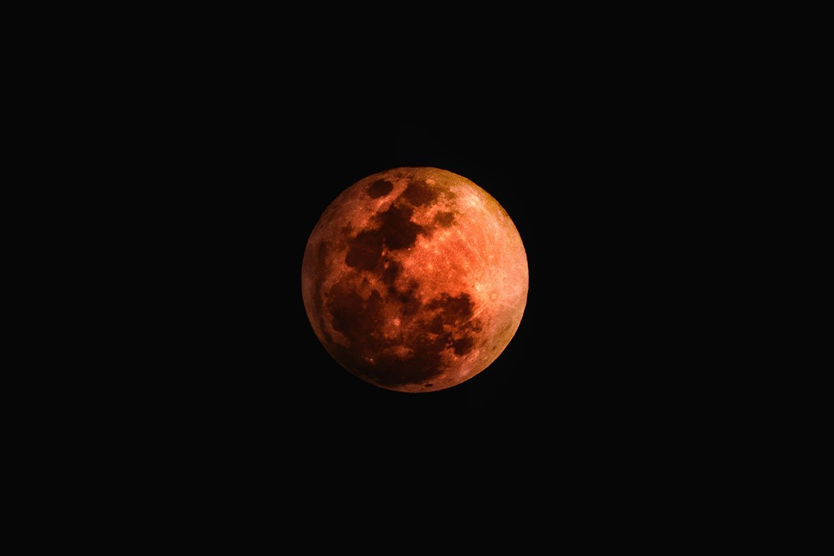 Eclipse y Superluna EN VIVO: Usuarios comparten fotos y videos