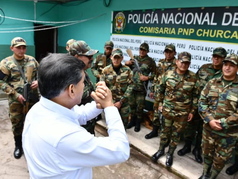 Gobierno apoya a policías que usen armas legalmente contra delincuentes