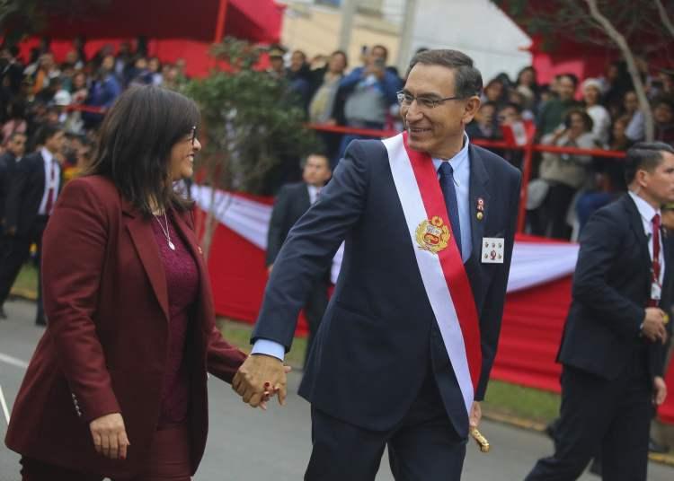 Presidencia de la República difundió las mejores fotos de Martín Vizcarra a un año de su gobierno donde el 53% aprueba sus reformas.