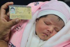 Ahora los padres decidirán el orden de los apellidos de sus hijos