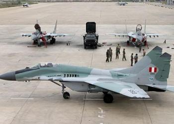 Está mañana un avión de la Fuerza Aérea del Perú (FAP) cayó a tierra a las 9:35 a.m. en la ciudad de Chiclayo, informaron fuentes militares a Diario Correo.