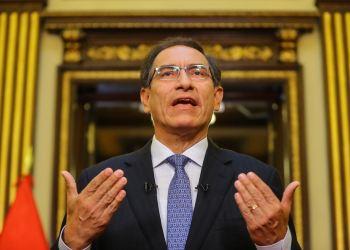 Aprobación de Martín Vizcarra cae a 44% y es la más baja de su gestión