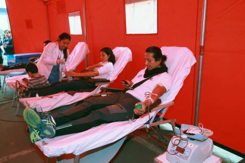 Donar sangre para pacientes con cáncer del INEN en San Isidro