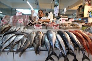 Consume pescado dos veces por semana si el pollo subió de precio