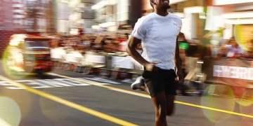 Usain Bolt compite contra una mototaxi en Lima, mira el video