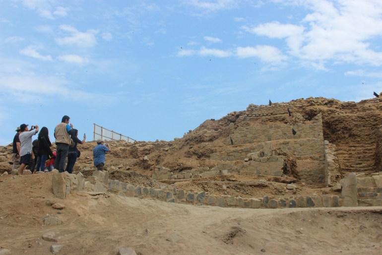 Huaca de los idolos - Sitio arqueológico Áspero, conocido como la ciudad pesquera de la civilización Caral