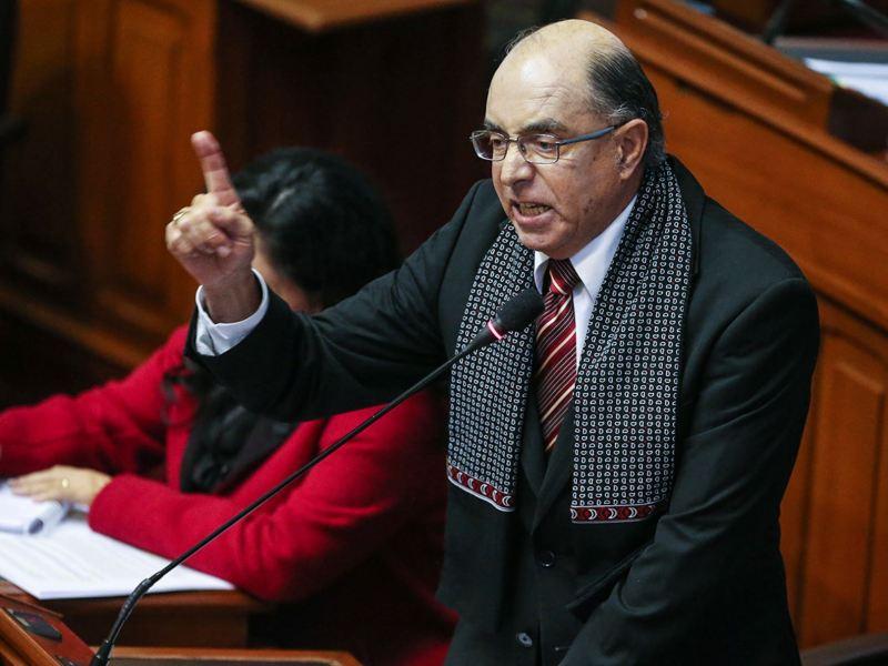 Congresista Edwin Donayre sin inmunidad parlamentaria y debe ser detenido
