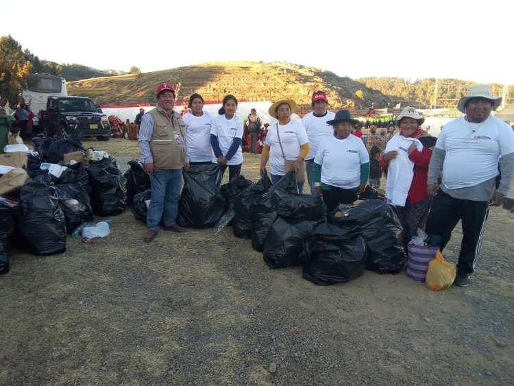Inti Raymi: 300 voluntarios limpian alrededores de Sacsayhuamán