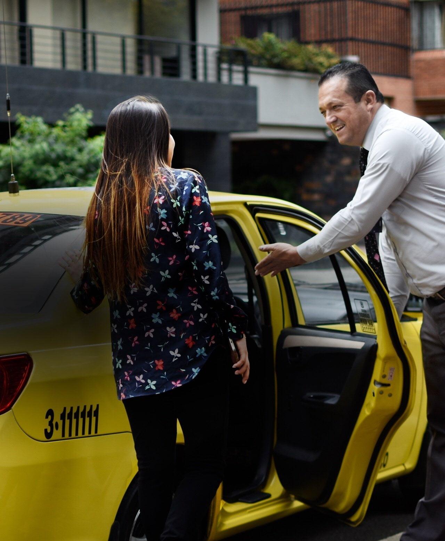 Unos 200 mil taxistas circularán en Lima por Fiestas Patrias y Panamericanos