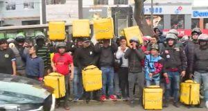 Repartidores de Glovo denuncian recorte de sus ingresos en Lima