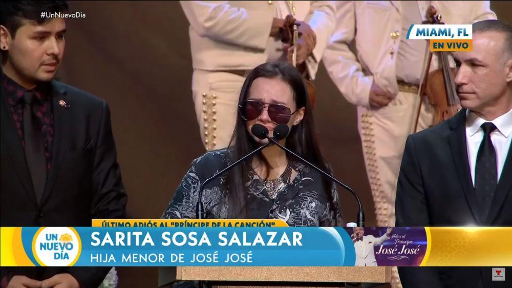 Sarita Sosa hija de José José