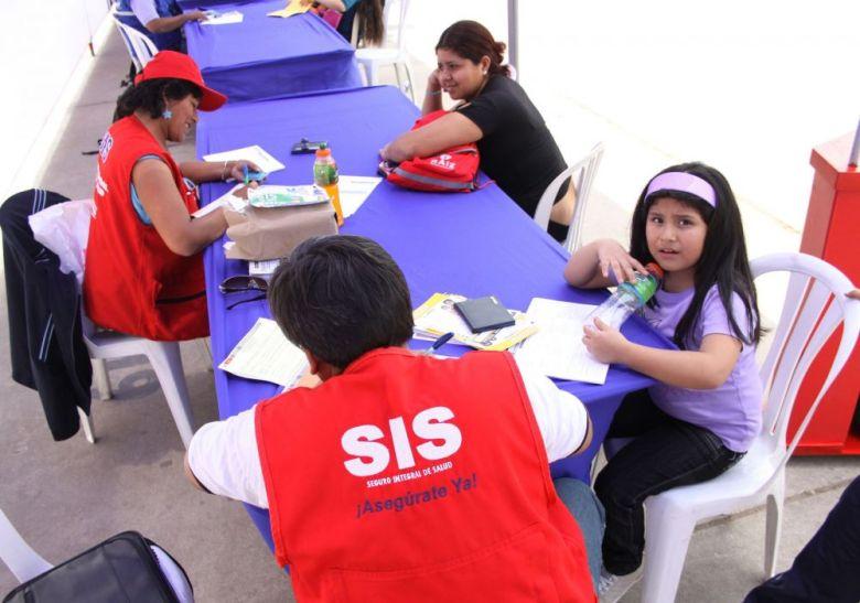 Seguro Universal de Salud en el Perú