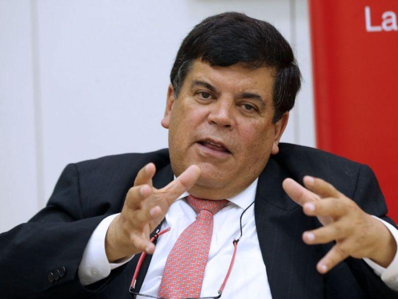 Renunció el presidente de Petroperú Carlos Paredes tras agravios contra ministra