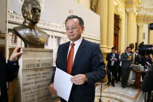 Edgar Alarcón: Frente Amplio presenta moción para retirarlo de Comisión de Fiscalización