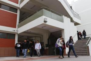 Universidades públicas no usaron S/ 70 millones de servicio educativo alerta Contraloría