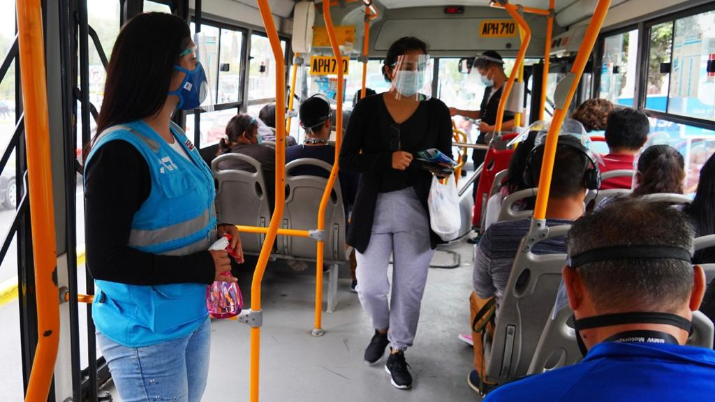 #NoBajemosLaGuardia ante la COVID-19 en el transporte público piden Minsa y ATU