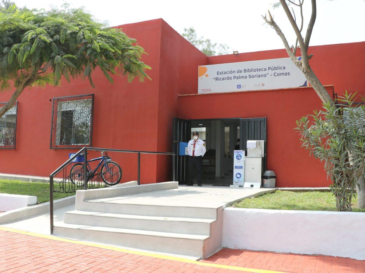 """Biblioteca Pública """"Ricardo Palma Soriano"""" de Comas"""