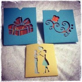 Tarjetas hechas a mano, artesanía, materiales reciclados