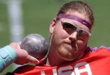صورة الأميركي راين كراوزر يحتفظ بلقب رمي الكرة الحديد